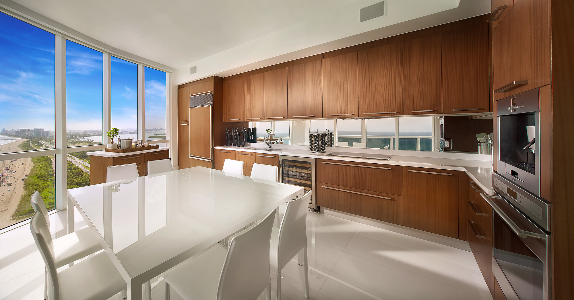 Luxury-Real-Estate-Photography-Kitchen-Beach-View